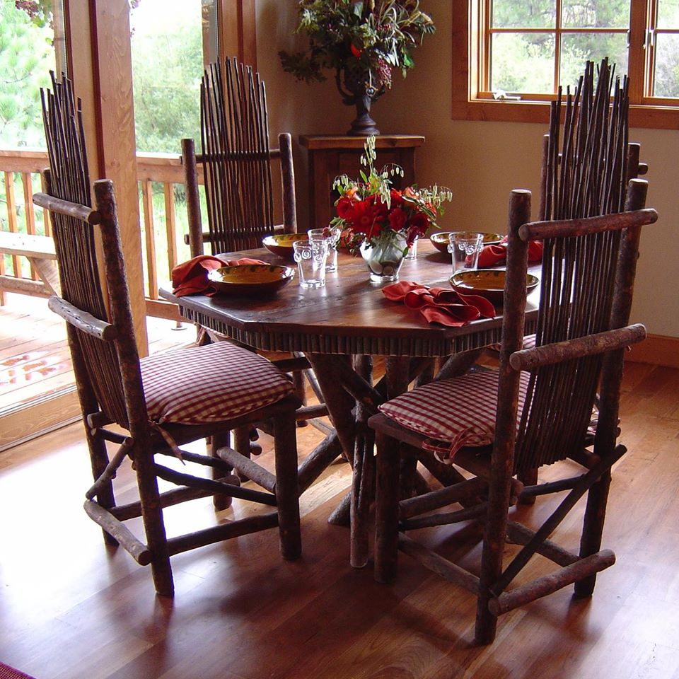 Located In The Beautiful 11149698_902231716505553_1303970501388957529_o  Bitterroot Valley, Rustic Furniture ...